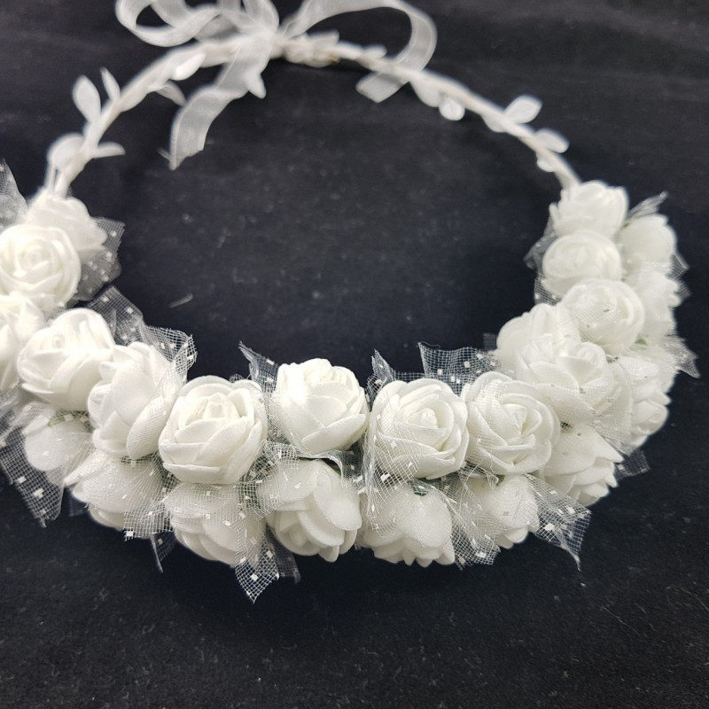 כתר פרחים לבנים לראש