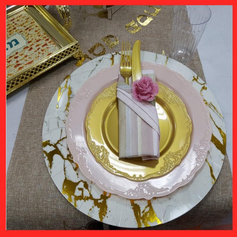 רעיון לעיצוב שולחן החג