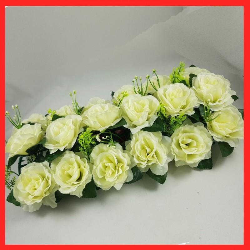 סידור פרחים מלכותיים