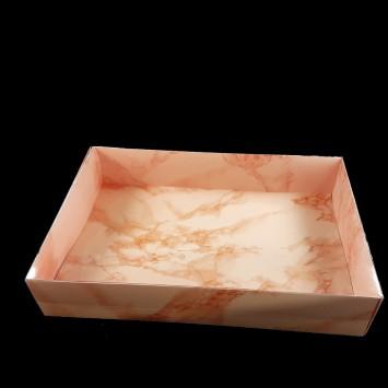 קופסה מלבנית  עם מכסה שקוף