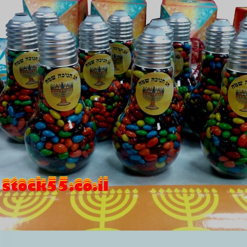 12 מנורות במילוי עדשי שוקולד